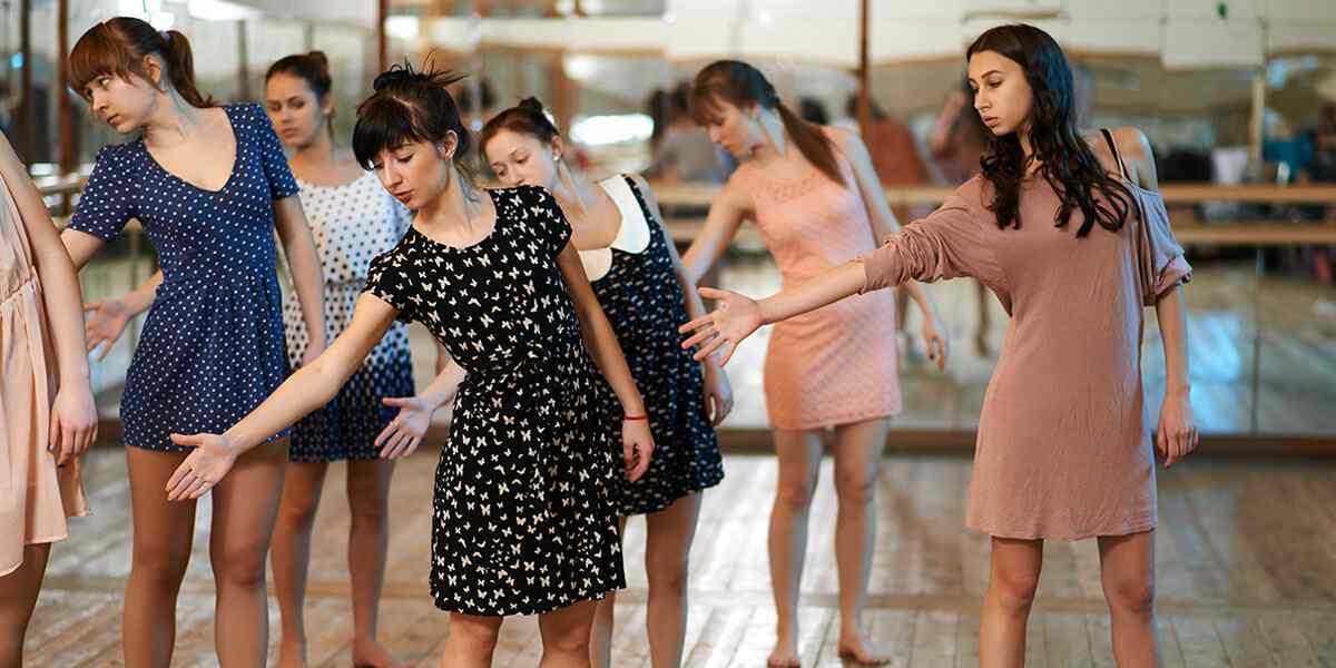 https://biodanzacanariensis.com/wp-content/uploads/2019/04/inner_dance_01.jpg
